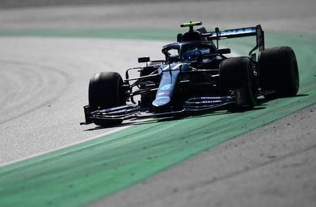 Bottas batte Hamilton in prime libere Monza, Ferrari male