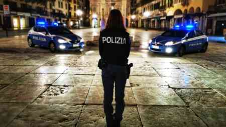 Verona. rissa in Piazza Erbe: La Polizia di Stato denuncia i responsabili. Meticolosa l'attività di indagine degli uomini della squadra mobile