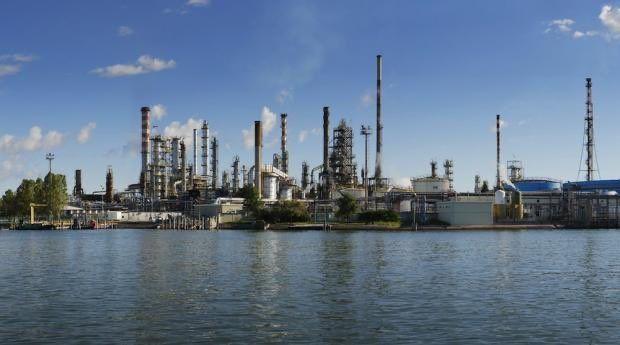 Raffineria Eni di Porto Marghera: concluse le attività programmate di controllo. Possibili attivazioni della torcia nel periodo di riavviamento delle unità