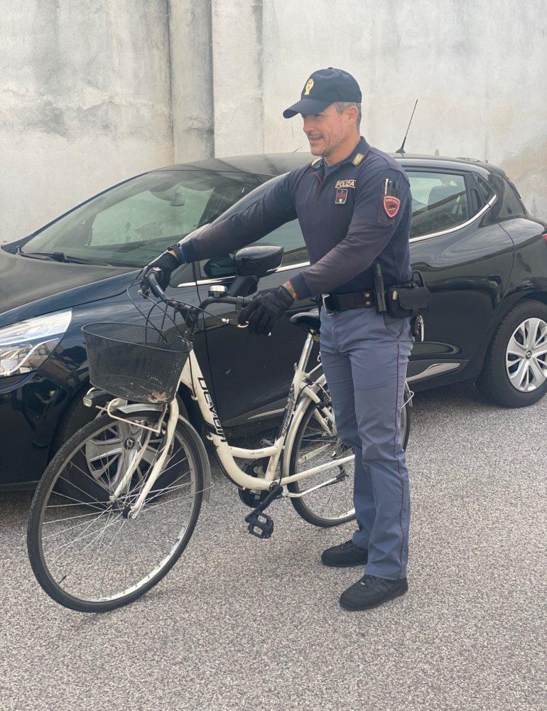 Verona. Ancora bici rubate tra le vie del Centro. La Polizia di Stato cattura un ricettatore
