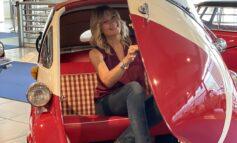 Natasha Stefanenko promuove Verona e il Museo Nicolis