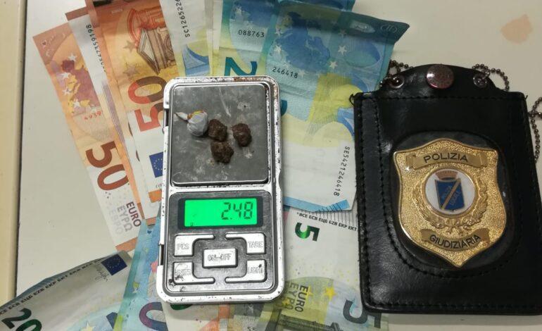 Polizia Locale. Donna veronese con divieto di dimora arrestata in Borgo Venezia per spaccio di eroina