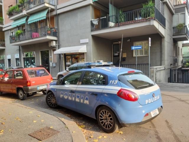 Verona. Evade dagli arresti domiciliari e picchia l'ex fidanzato: arrestata dalla Polizia di Stato una 40enne