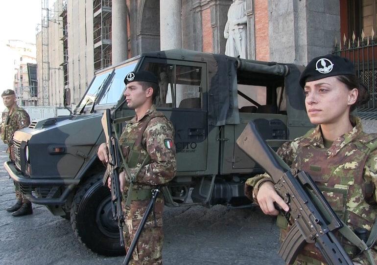 Cosp. Da stasera controlli a tappeto, l'esercito in campo per l'antiterrorismo. Risolto il nodo dei mercati