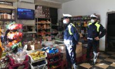 Non rispetta le misure anti Covid, Prefettura fa chiudere negozio etnico in via del Carretto. Sindaco: 'Mentre la città lotta non può esserci chi viola le regole'