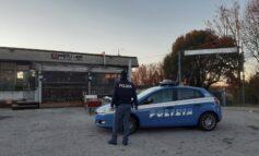"""Verona. Consumano bevande assembrati all'interno del bar : la Polizia di Stato chiude il """"Blondy's"""" e sanziona gli avventori"""