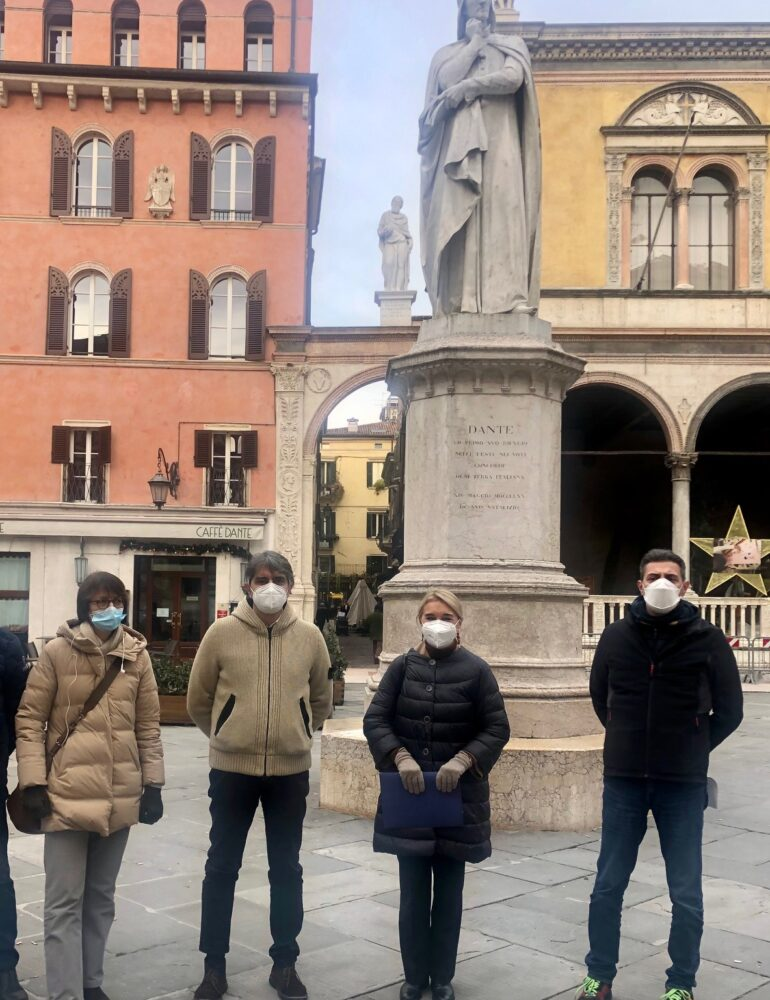 Dante 2021. Restauro del monumento dedicato al sommo poeta. Lavori completati entro la metà di Aprile