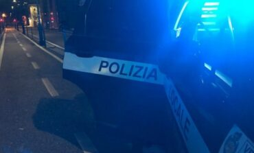 Polizia Locale. Scontro frontale tra due auto in Via Bassetti. Si cerca una Punto nera