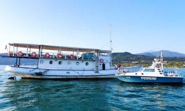 Lago di Garda: nave da diporto in avaria con 56 persone a bordo. Intervengono Polizia di Stato, Guardia Costiera e Vigili del fuoco